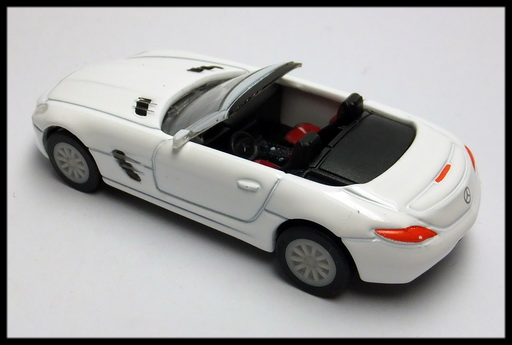 GEORGIA_Mercedes-Benz_SLS_AMG_Roadster_15