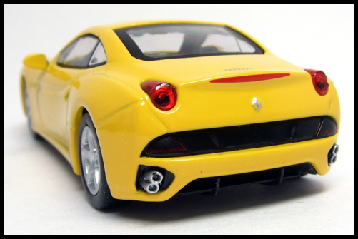 KYOSHO_FERRARI_7_NEO_California_Yellow_14
