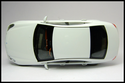 MINICHAMPS_Mercedes_Benz_CLS_Klass_Limited_Edition_2008_6