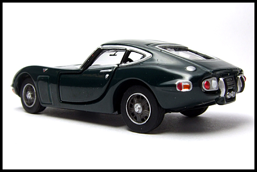 TOMICA_LIMITED_TOYOTA_2000GT_2MODELS_SECOND_15