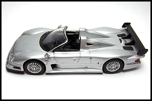 KYOSHO_AMG_Minicar_Collection_CLK_GTR_Roadster_Silver_14