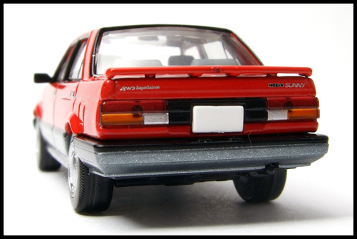 NISSAN_SUNNY_TOMICA_LIMITED_VINTAGE_NEO9