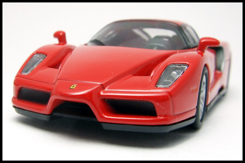 KYOSHO_FERRARI_7_ENZO_TEST_CAR3