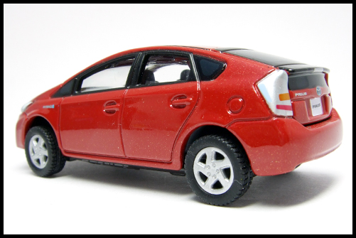 TOMICA_LIMITED_TOYOTA_PRIUS16
