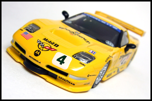 KYOSHO_USA_Sports_Minicarcollection_2_Chevrolet_Corvette_C5-R_2