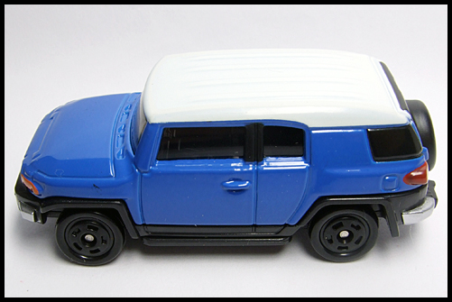 TOMICA_85_TOYOTA_FJ_CRUISER_FIRST_14