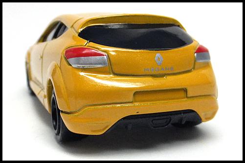 TOMICA_Renault_MEGANE_RS_11