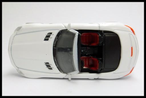GEORGIA_Mercedes-Benz_SLS_AMG_Roadster_2